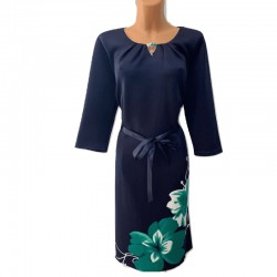 Eлегантна права рокля...
